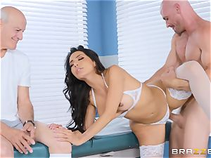 Lela star getting drilled in the doctors