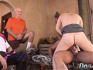 horny housewife Liz dark-hued cuckold