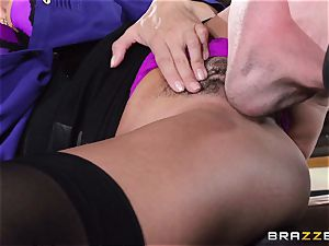 Ariella Ferrera takes a dosage from Danica Dillans stud