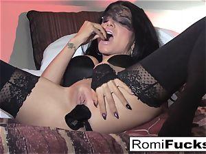 Romi Rain magnificent fun with herself