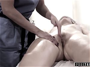 unspoiled TABOO college female Duped two pulverizing masseur couple