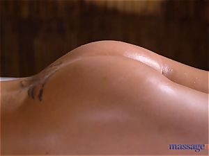 massage rooms Amirah Adara and Nathaly Cherie super-sexy rubdown