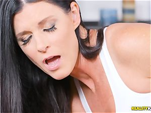 insane mummy India Summers thrashed in the cooch during yoga
