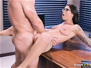 Felicity Feline drilled deep in her pussyhole