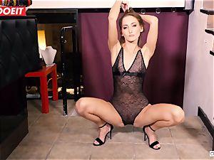 LETSDOEIT - Kira Gets tough torture at bdsm soiree