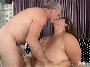 mighty Harlot Erin Green Has Her facehole and honeypot ravaged