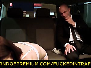 fucked IN TRAFFIC - cab car bang-out with Czech brown-haired