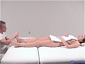 sizzling massage turns to voluptuous romp and this brunette princess luvs it