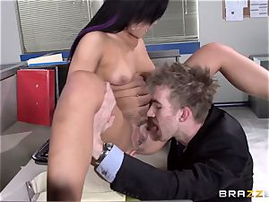 Selena Santana plumbs a giant office stiffy