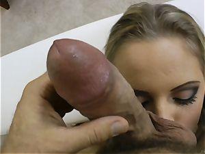 fabulous blondie Vanda zeal screwed in her pucker