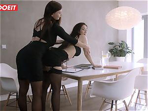 LETSDOEIT - girl/girl couple Has Romantic Afternoon orgy