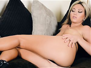 Natalie Forrest messing with her super-sexy minge