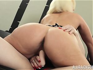 Alura Jenson vulva packed with strap-on strong muscular dame Brandi May