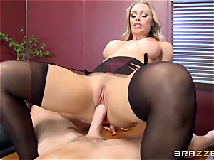 super-hot boss Nicole Aniston taking a enormous trunk in the office