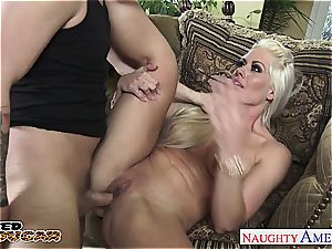 mummy Holly Heart has a pile of experience deep throating sausage