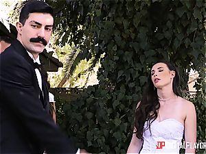 Casey Calvert cheats on her wedding day