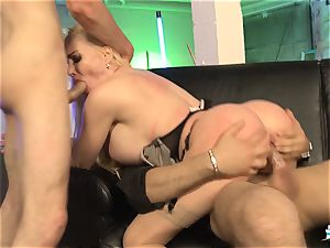 LA COCHONNE - French honey gets dp in torrid MMF threesome