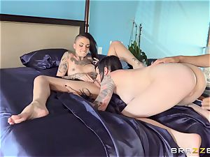 incredible porn threesome with inked punks Leigh Raven, Nikki Hearts and Xander Corvus