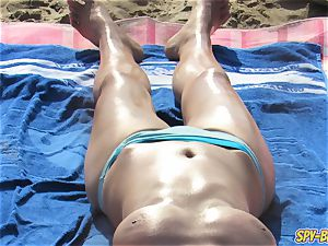 warm sans bra milfs thick funbags - amateur spycam Beach video